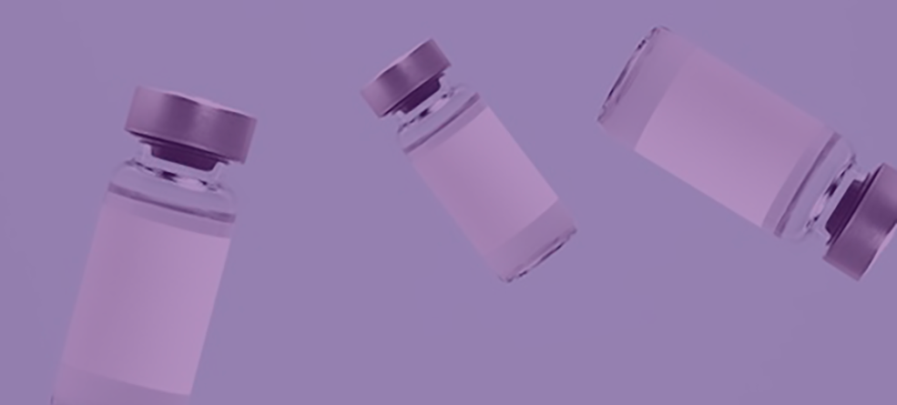 Frascos para vacinas com rótulos brancos